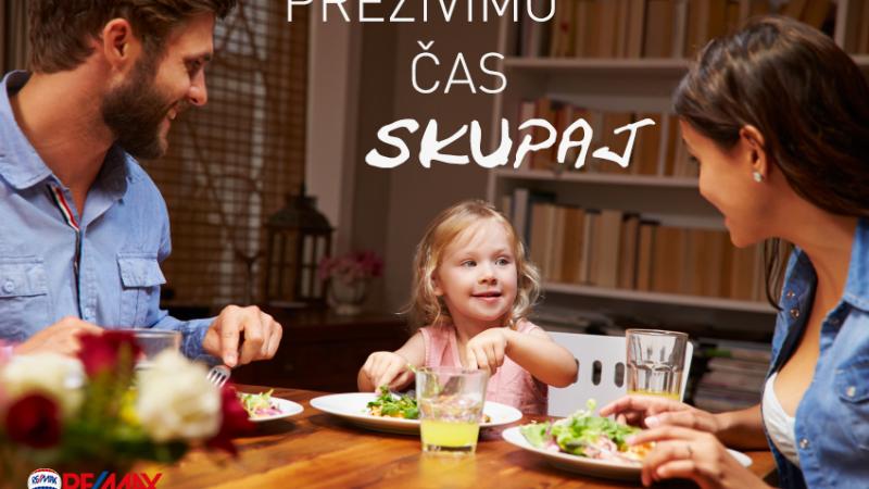 Kako si vzeti čas za skupno družinsko večerjo in zakaj je to pomembno za otroke?