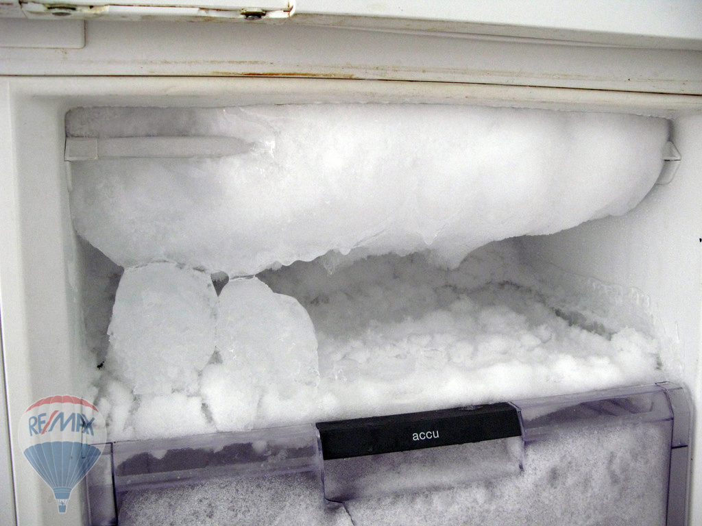defrost hladilnik
